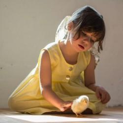 Vestido amarillo -sin mangas-