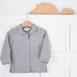 Camisa cuello gris estrellitas