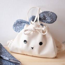 Mochila conejo azul estrellas